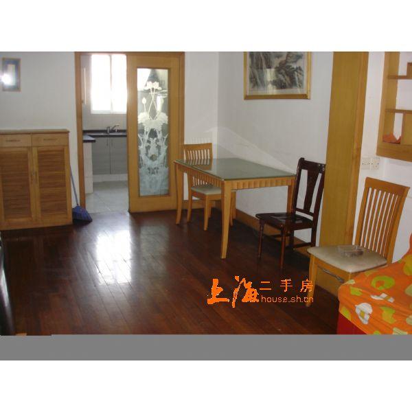 楼园小区客厅